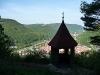 Michaelskäppele - Blick auf Bad Urach und die Burgruine Hohenurach