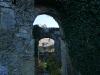 Durchblicke in der Ruine Hohenurach