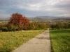Blick zurück über Bissingen zur Limburg