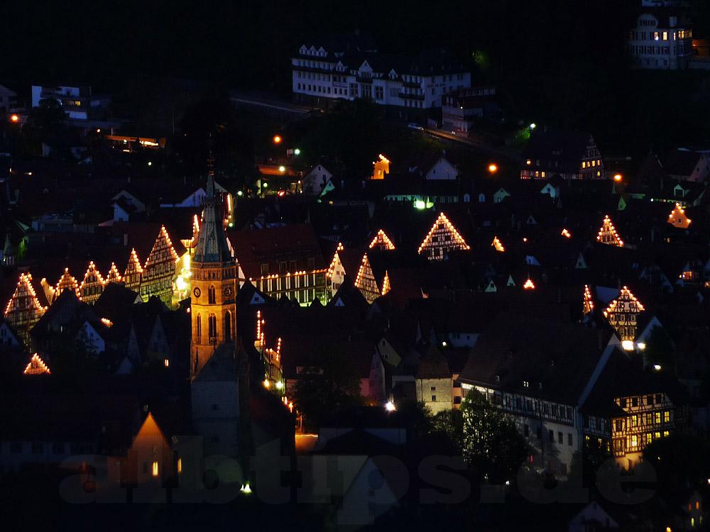 Blendende Lichtpunkte - Sternenpark-Ausstellung im Listhof