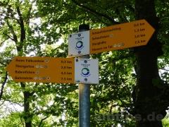 Die Hälfte ist geschafft! Wanderschilder Donau-Zollernalb-Weg
