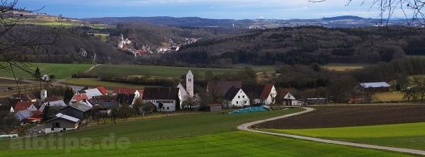 Blick vom Emerberg: Josefskapelle und Emeringen, Rechtenstein, Neuburg, Obermarchtal