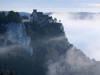 Schloss Werenwag umgeben vom Nebel