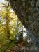 Weg unter den Felsen am Traifelberg