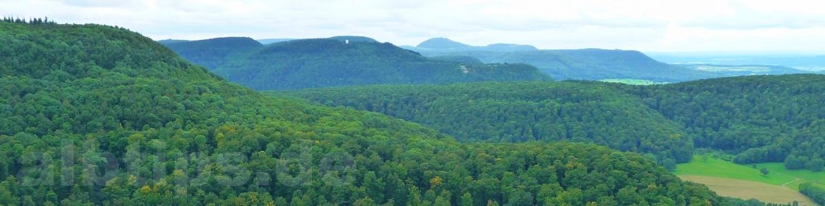 Panoramablick vom Mädlesfels nach Westen