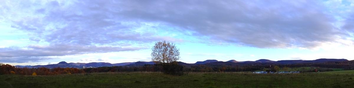 Panoramablick vom Naturschutzgebiet beim Reutlinger Listhof